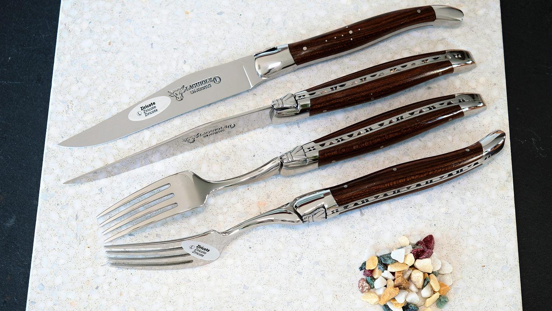 Laguiole en Aubrac 4-teilig, Steakmesser und Gabeln, Zirikotenholz, brillant