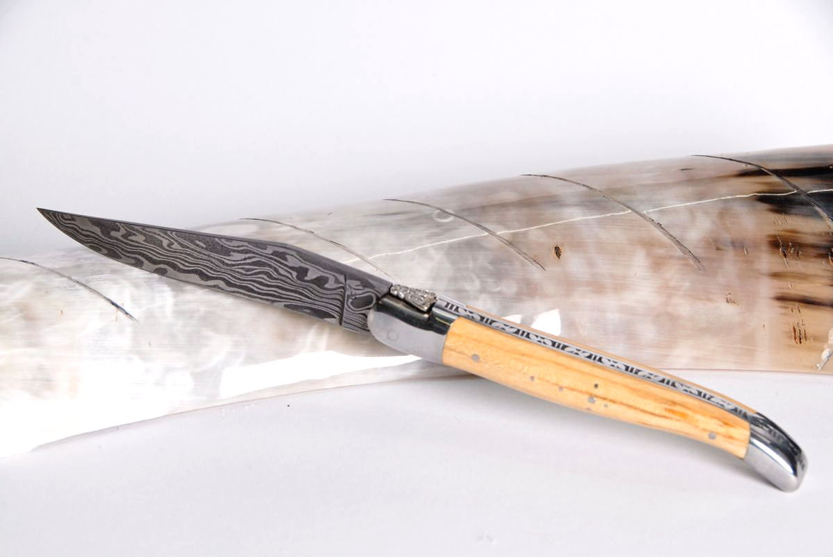 Original laguiole - Taschenmesser Laguiole Honore Durand, Damast, Buche, 13 Diamanten, guillochierte Biene