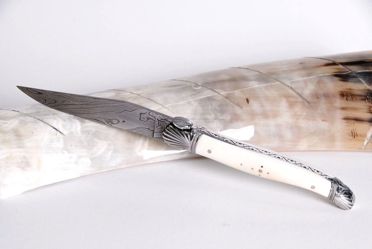 Original laguiole - Taschenmesser Laguiole Honore Durand, Damast, Warzenschwein, St. Jacques, guillochierte Biene