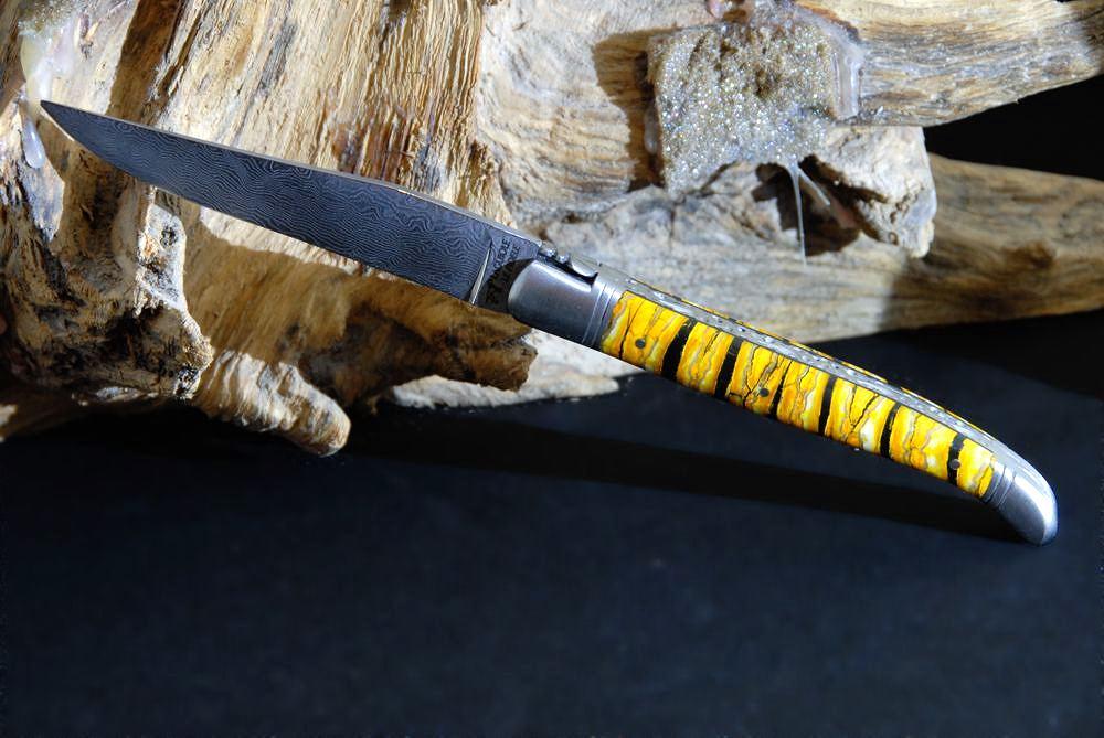 Original laguiole - Taschenmesser Laguiole Le Fidèle Cisele Damast Mammut-Backenzahn yellow cab