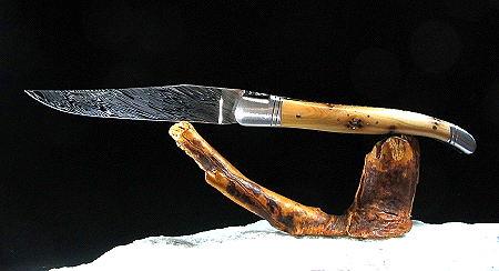 Original laguiole - Taschenmesser Laguiole Le Fidele CISELE DAMAST Wacholderholz, guillochierte Biene, brosse