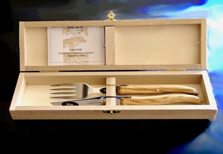 Original laguiole - Claude Dozorme Laguiole Single-Besteck Olivenholz, glänzend, plein, Steakmesser und Gabel