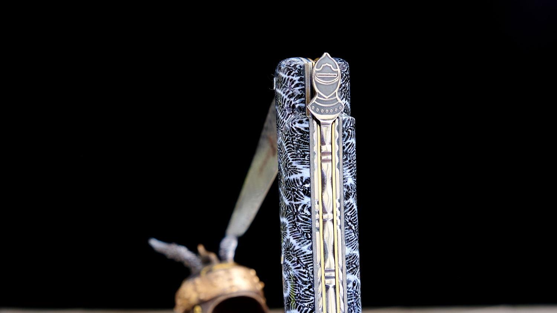 Original laguiole - Taschenmesser Laguiole Chevalier, Edition Black Knight, schwarze Koralle, Damast, brosse, Plein