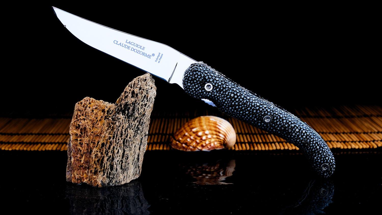 Original laguiole - Taschenmesser Claude Dozorme, Edition Maître de la mer, 12C27-Stahl, Galuchat-Griff