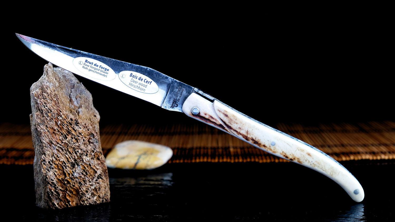 Original laguiole - Taschenmesser Laguiole en Aubrac, Brut de Forges, double platines, brosse, Hirsch Horn