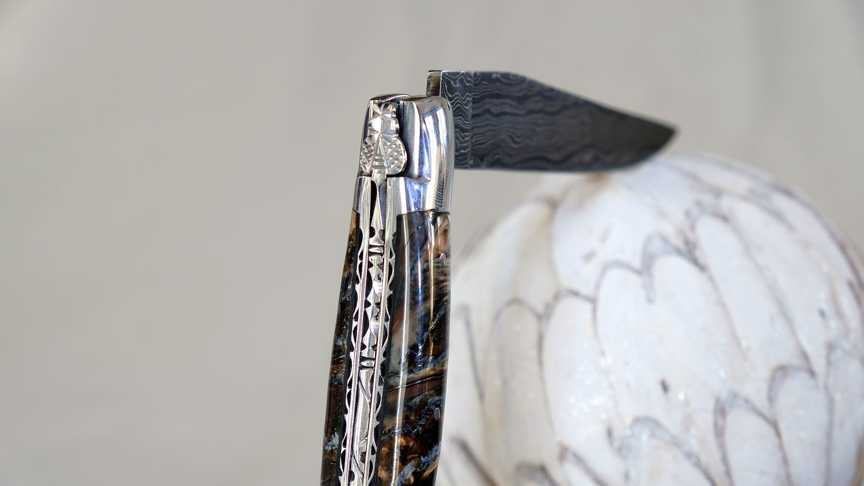 Original laguiole - Taschenmesser Laguiole en Aubrac, Double Platines, Brillant, Damast, Mammutbackenzahn blue night