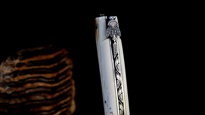 Original laguiole - Taschenmesser Laguiole en Aubrac, Pierre Martin, MIKE 2, Damast, Mammutstoßzahn, Plein, guilochierte Biene