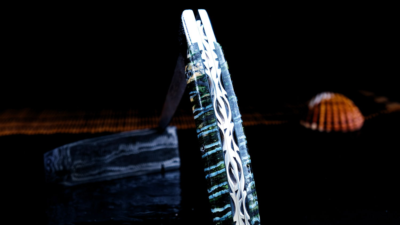 Original laguiole - Taschenmesser Thiers Claude Dozorme, GIRLANDUS 02, Damastklinge, Mammutbackenzahn grün