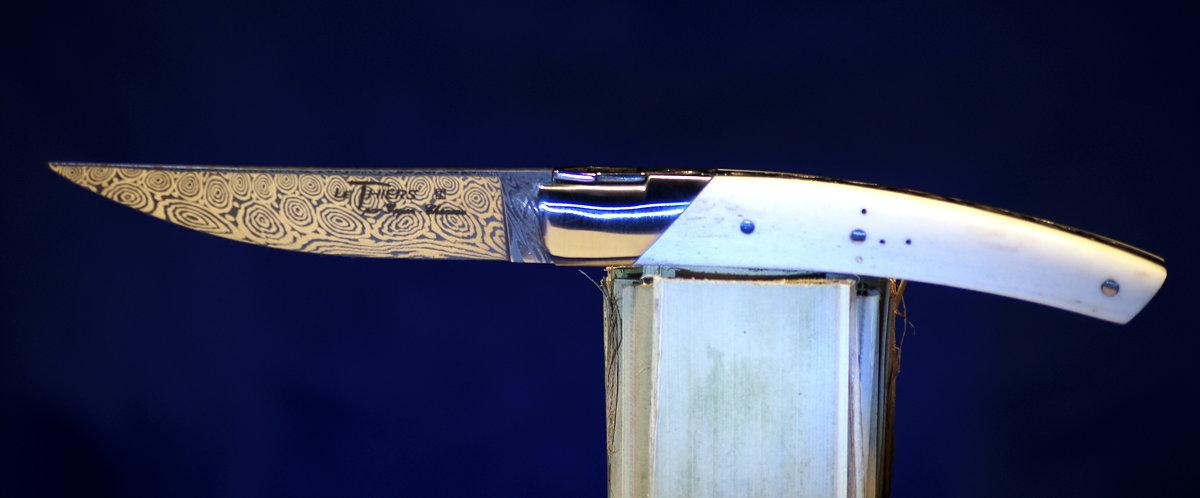 Original laguiole - Taschenmesser Thiers Goyon-Chazeau, Damast, Hirschhorn, 10 cm
