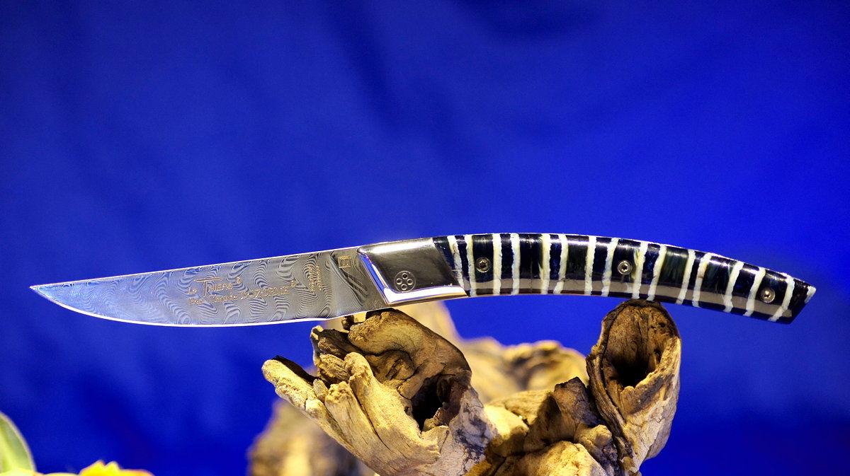 Original laguiole - Taschenmesser Thiers Claude Dozorme, Damast, Mammutbackenzahn blue perl