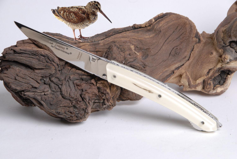 Original laguiole - Taschenmesser Thiers Verrou Claude Dozorme, guillochierte Platine, Waldschnepfefeder, weiss